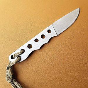 Knivblad Stout Little Bushcraft Fulltånge