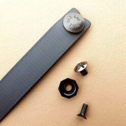 IWB Soft Loop med knapp och skruvar